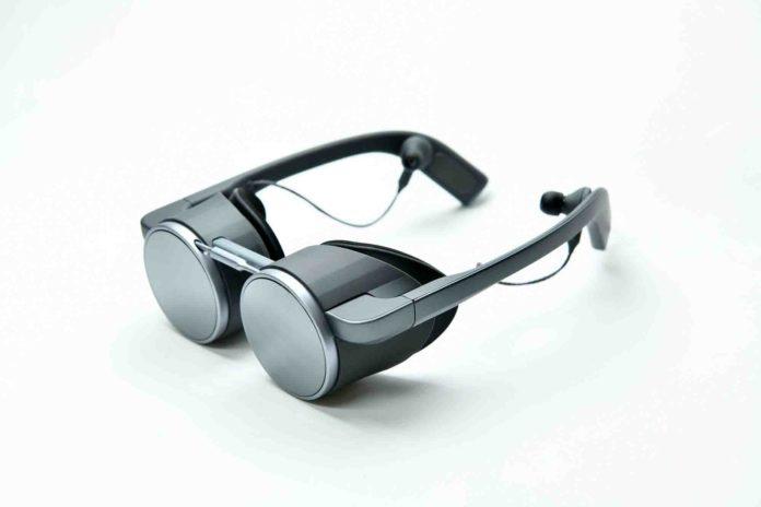 Panasonic Develops High Dynamic Range VR Visor